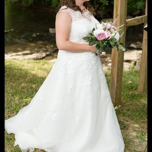 Ivory Timeless Gown